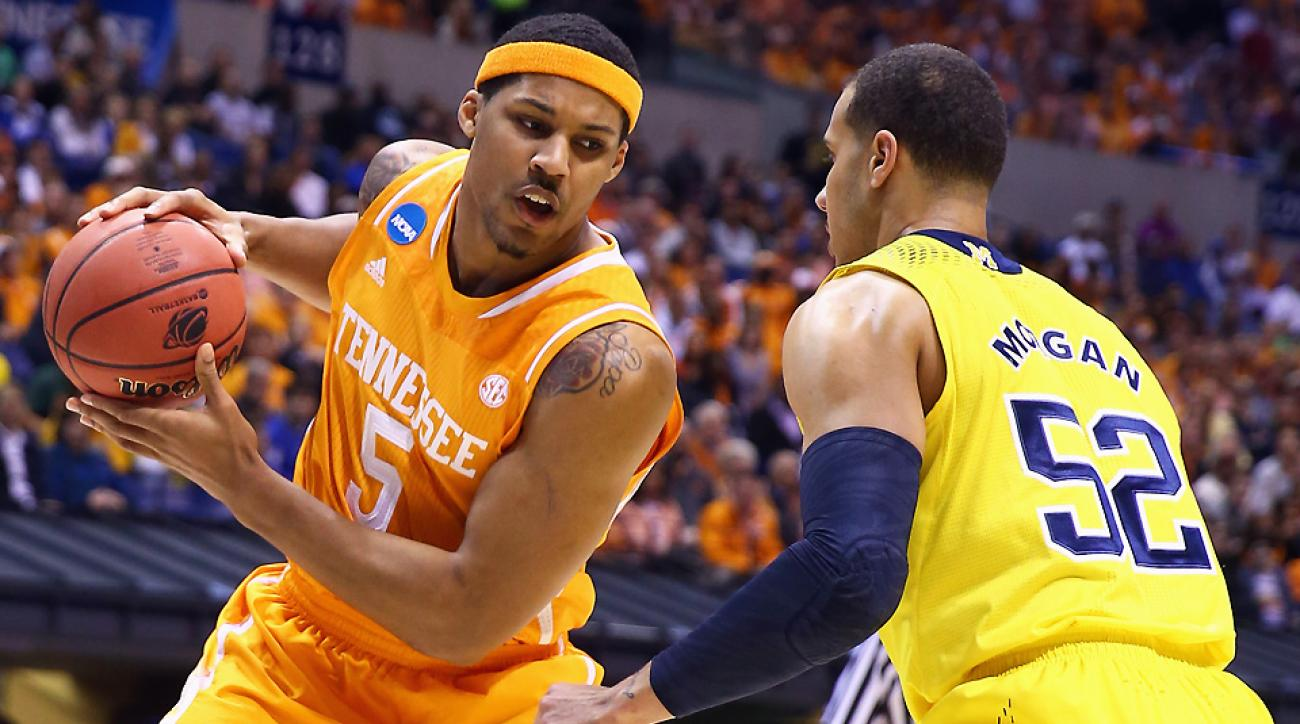 Jarnell Stokes averaged 15.1 points and 10.6 rebounds per game as a junior at Tennessee last season.