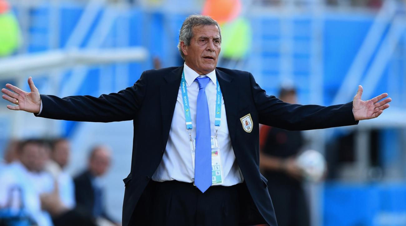 Uruguay manager Oscar Tabarez has stepped down from a FIFA committee in light of Luis Suarez's punishment.