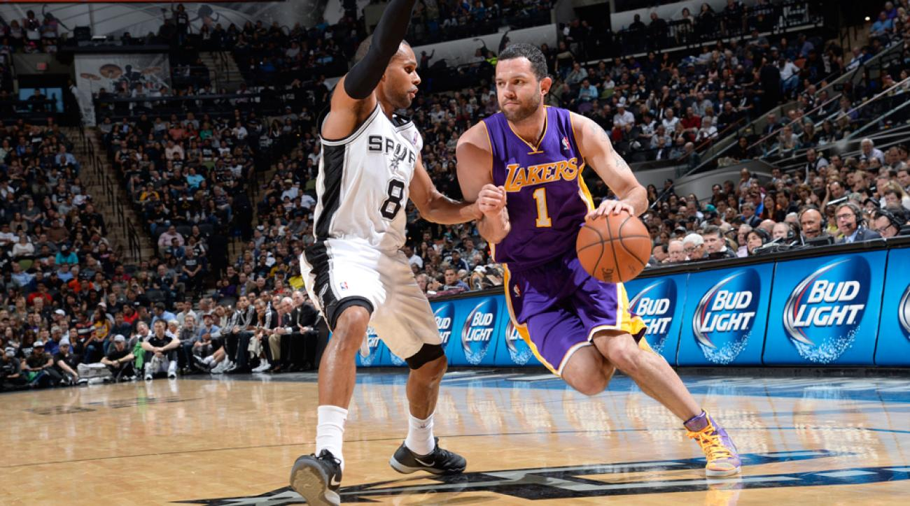 Jordan Farmar (right) returned to the NBA in 2013-14 after spending the 2012-13 season playing in Turkey.