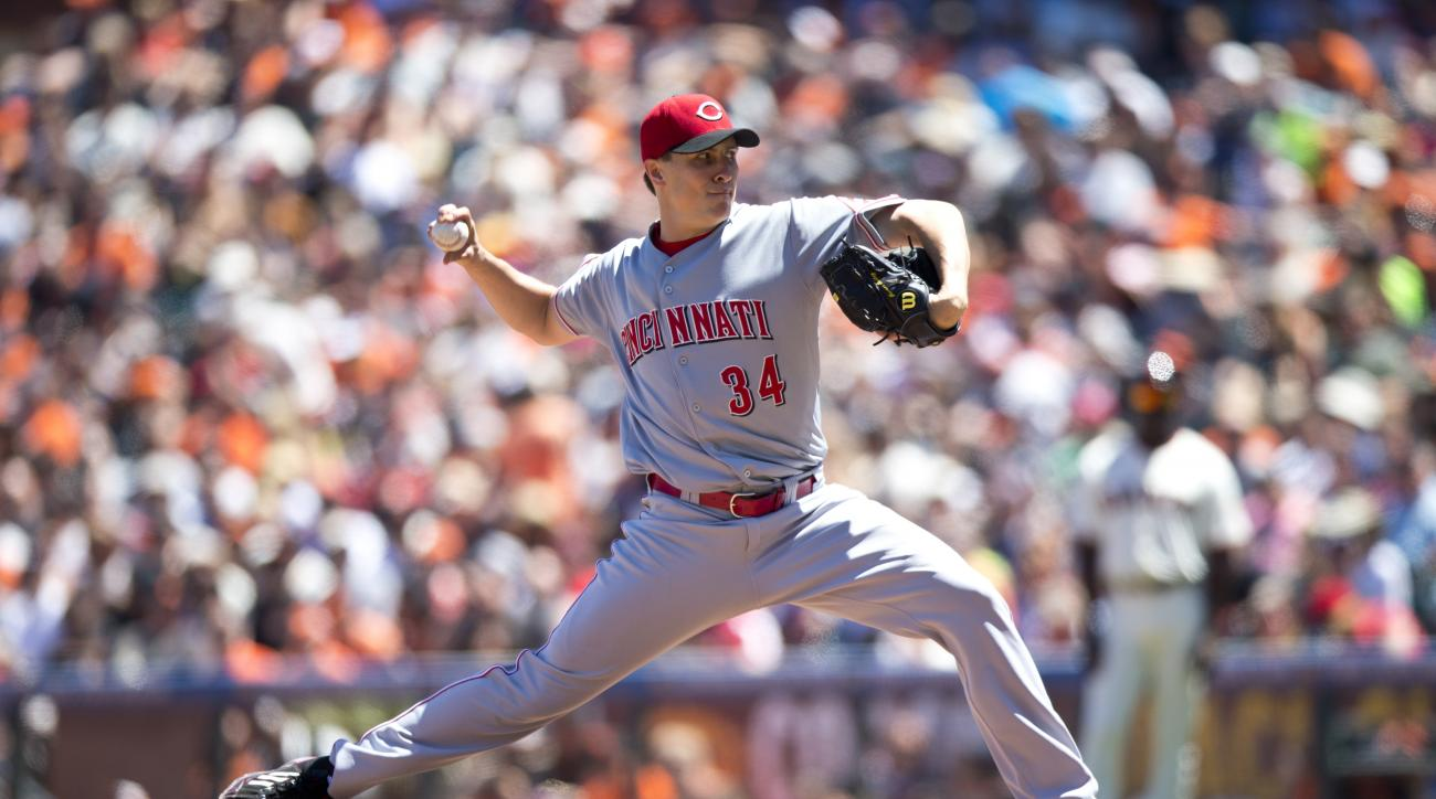 Cincinnati Reds starter Homer Bailey's start pushed back to Saturday
