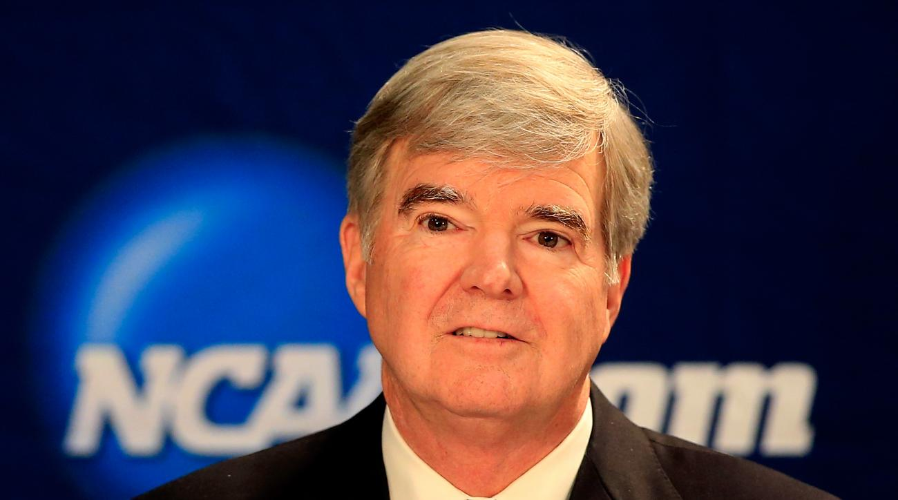 Tax returns reveal that NCAA president Mark Emmert made $1.7 million in 2012