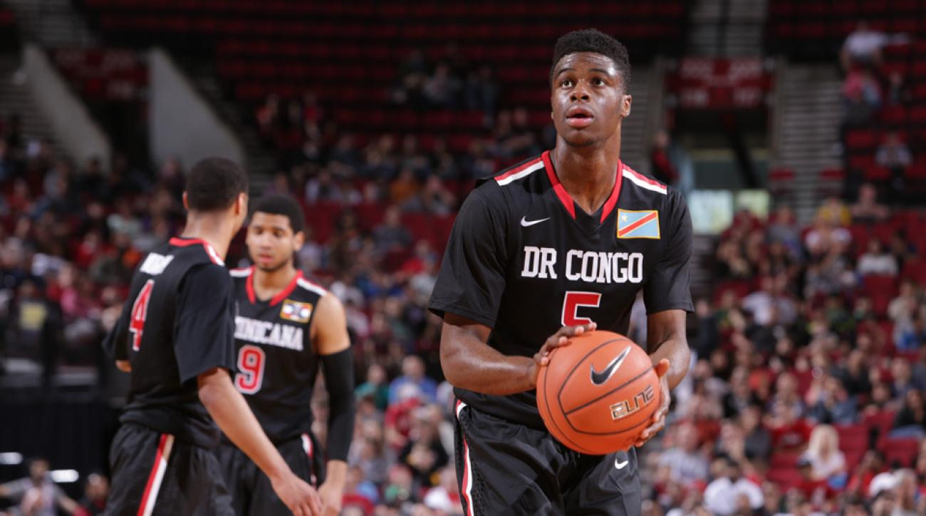 Emmanuel Mudiay SMU, playing overseas