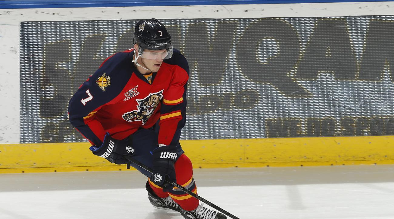 Dmitry Kulikov Florida Panthers three year deal
