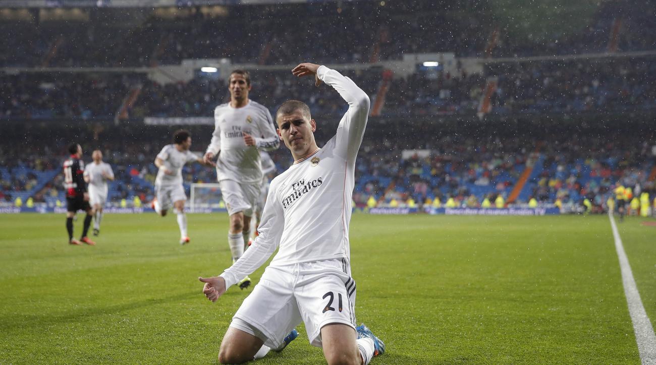 Alvaro Morata juventus injury knee
