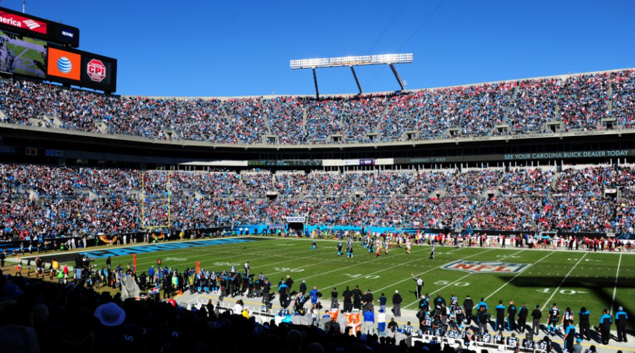 Tennessee, West Virginia to play at Bank of America Stadium