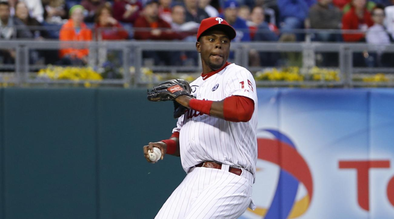 Phillies place John Mayberry Jr. on DL