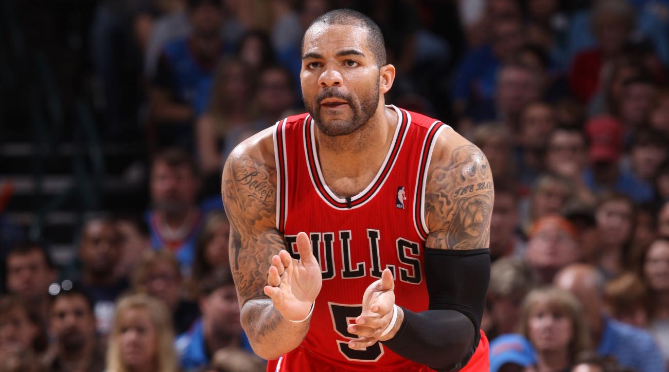 carlos boozer lakers expects to start