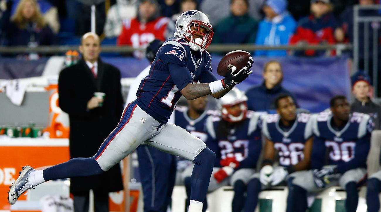 aaron dobson new england patriots foot surgery screw