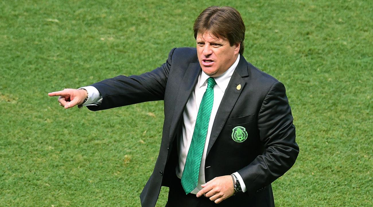Mexico manager Miguel Herrera is closing in on a new contract to continue guiding El Tri after a strong World Cup showing.