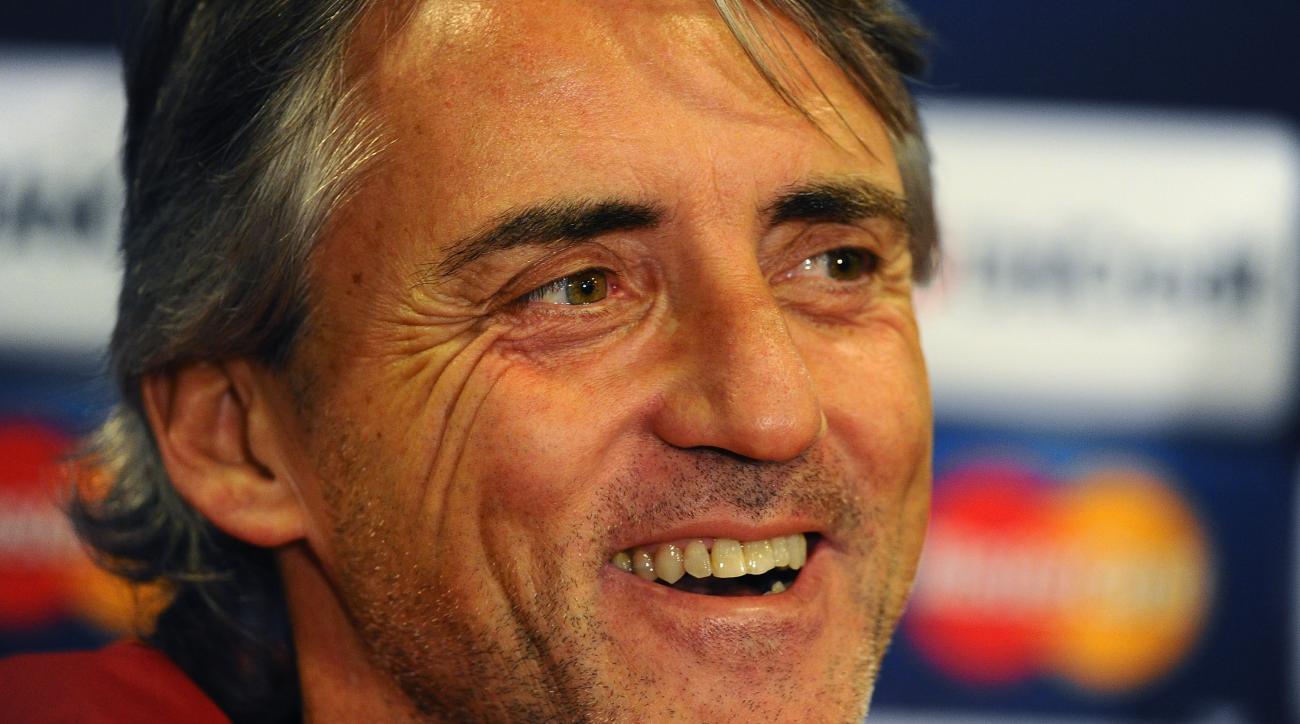Roberto Mancini italy manager soccer