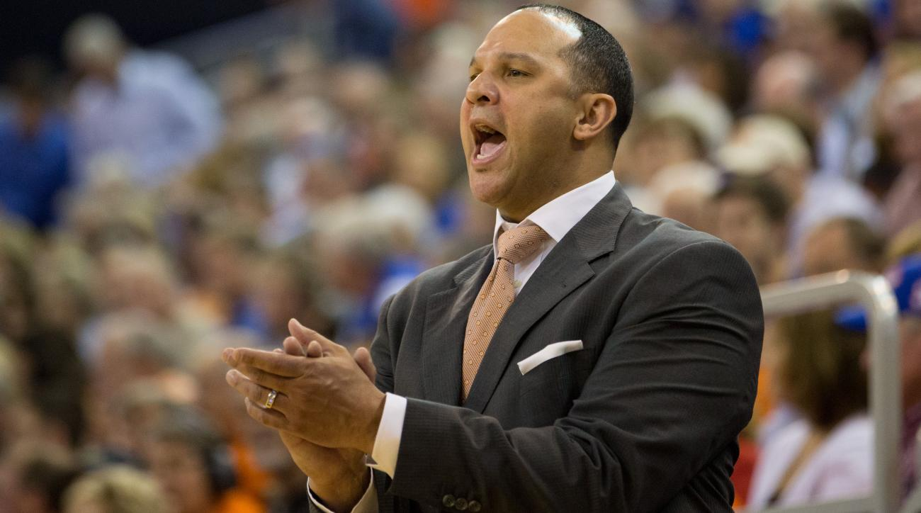 tony barbee kentucky basketball coaching staff