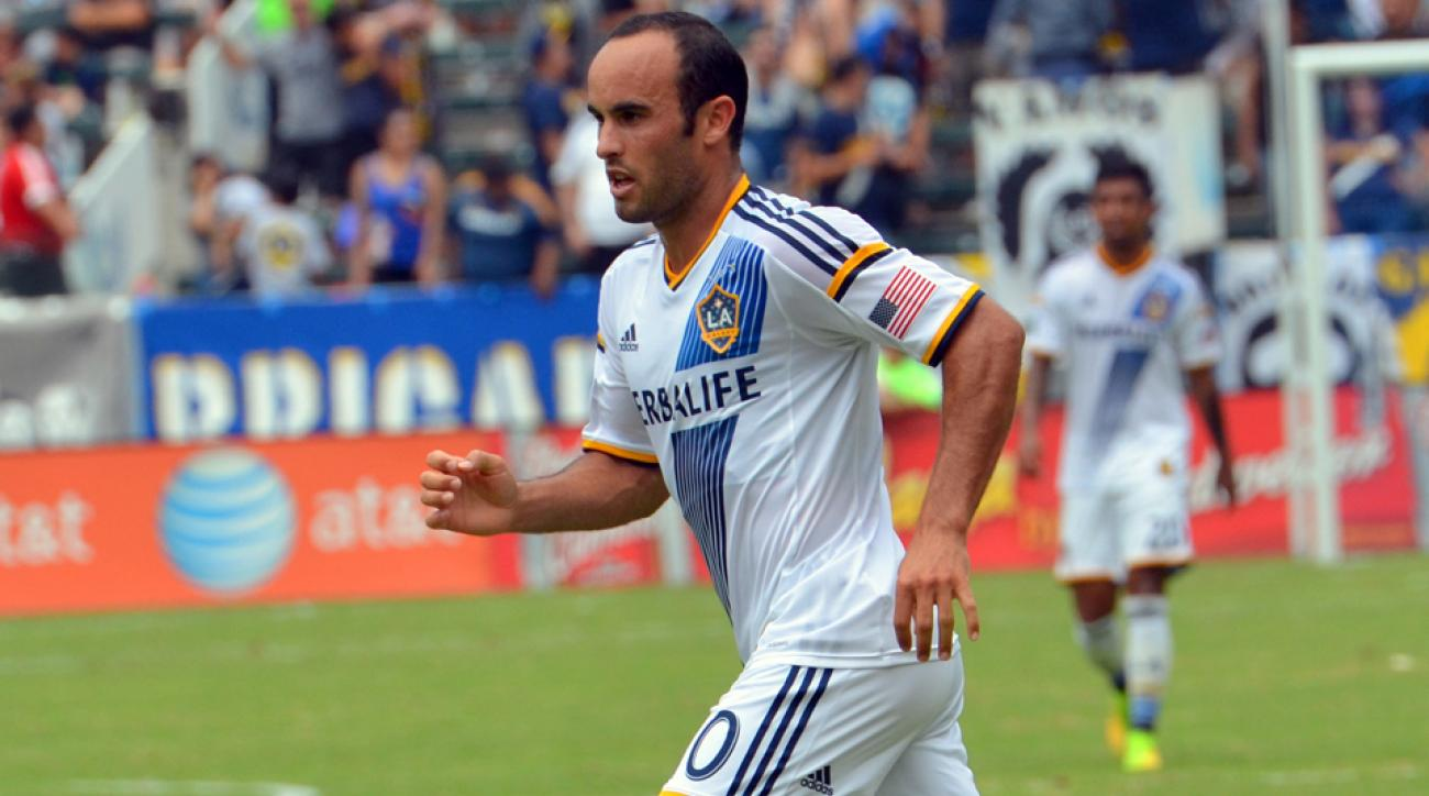 Landon Donovan continued his stellar play in helping the LA Galaxy to a win over the Portland Timbers on Saturday.