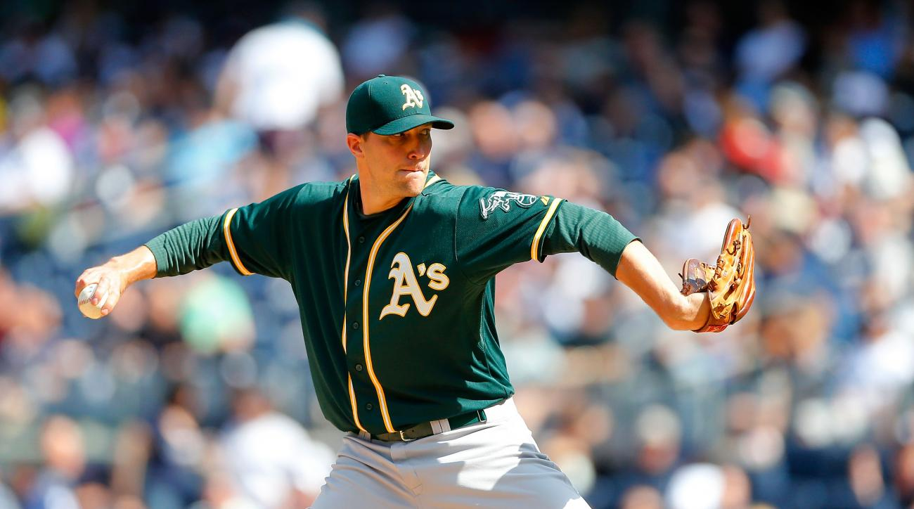 The Detroit Tigers signed former Athletics and Orioles closer Jim Johnson to a minor league deal.