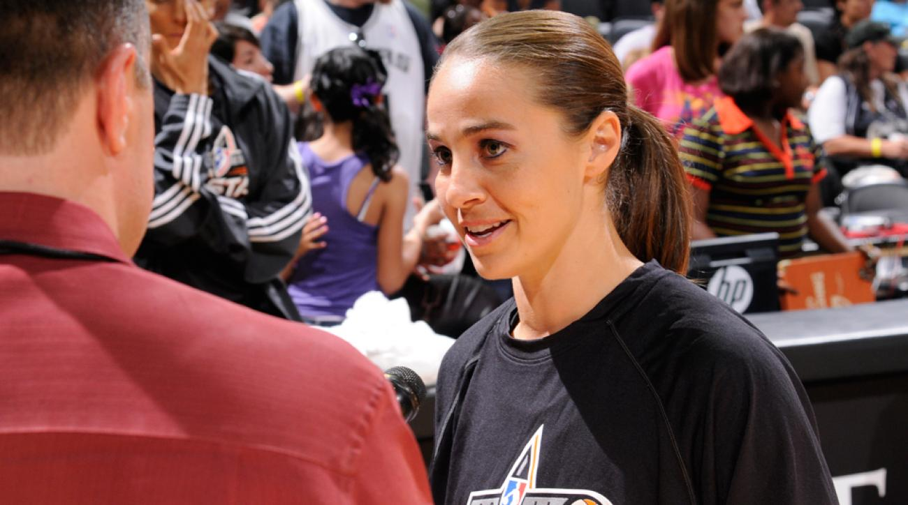 Becky Hammon Spurs assistant coach