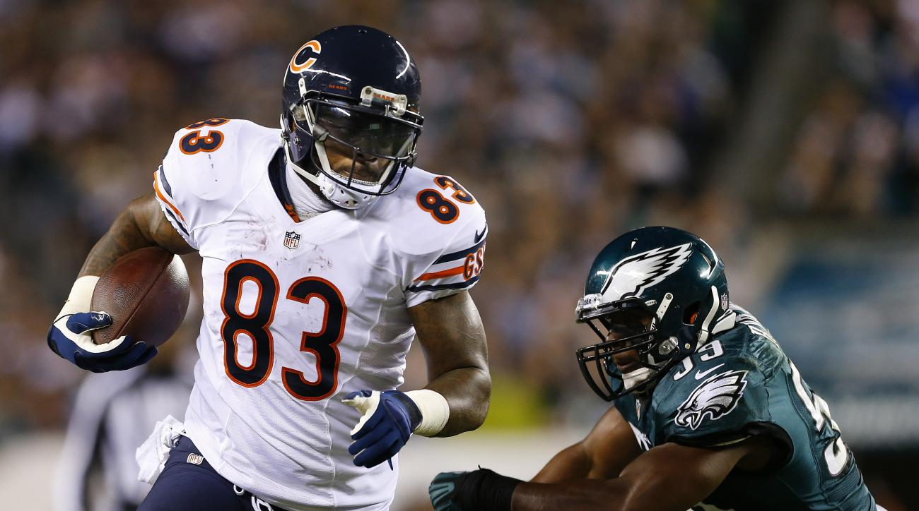 "Chicago Bears coach Marc Trestman said that a phone call with suspended tight end Martellus Bennett was ""very positive."""