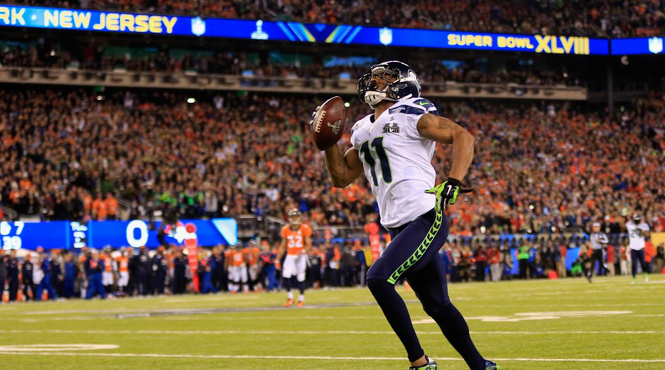 Percy Harvin is listed as a starter on the Seattle Seahawks depth chart.