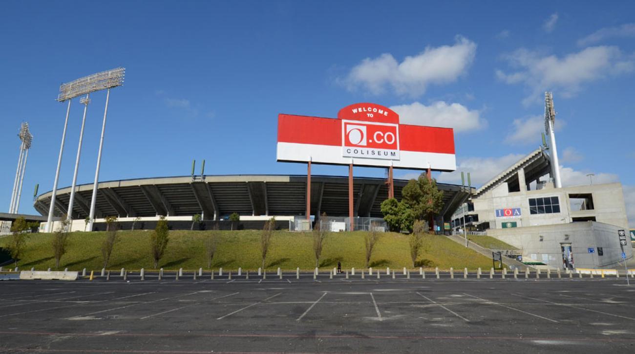 O.co Coliseum Oakland Raiders no extension