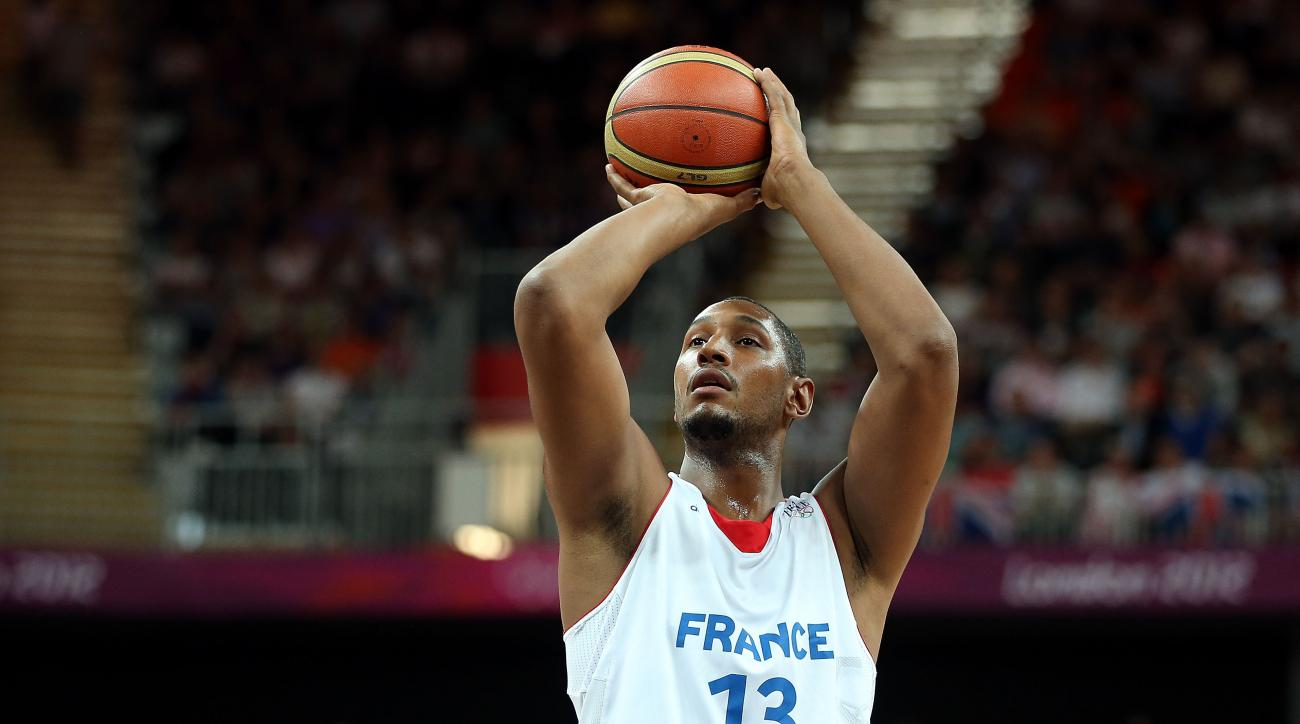 San Antonio Spurs forward Boris Diaw will play for France in the FIBA World Cup.