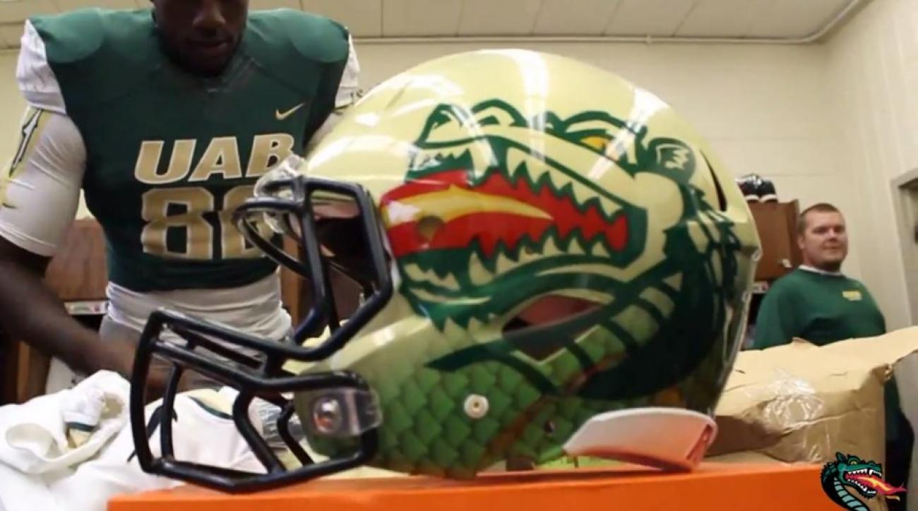b8569b619 UAB Blazers show off new helmets with fire and scales