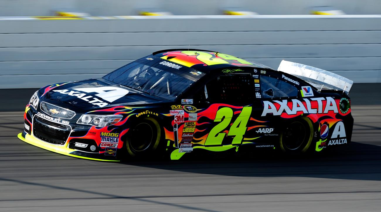 Jeff Gordon won pole position for the Pure Michigan 400.