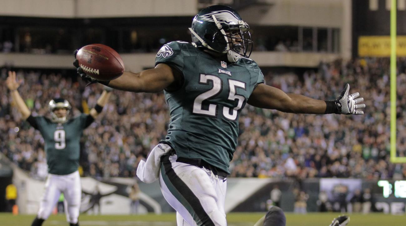 Eagles' LeSean McCoy misses practice