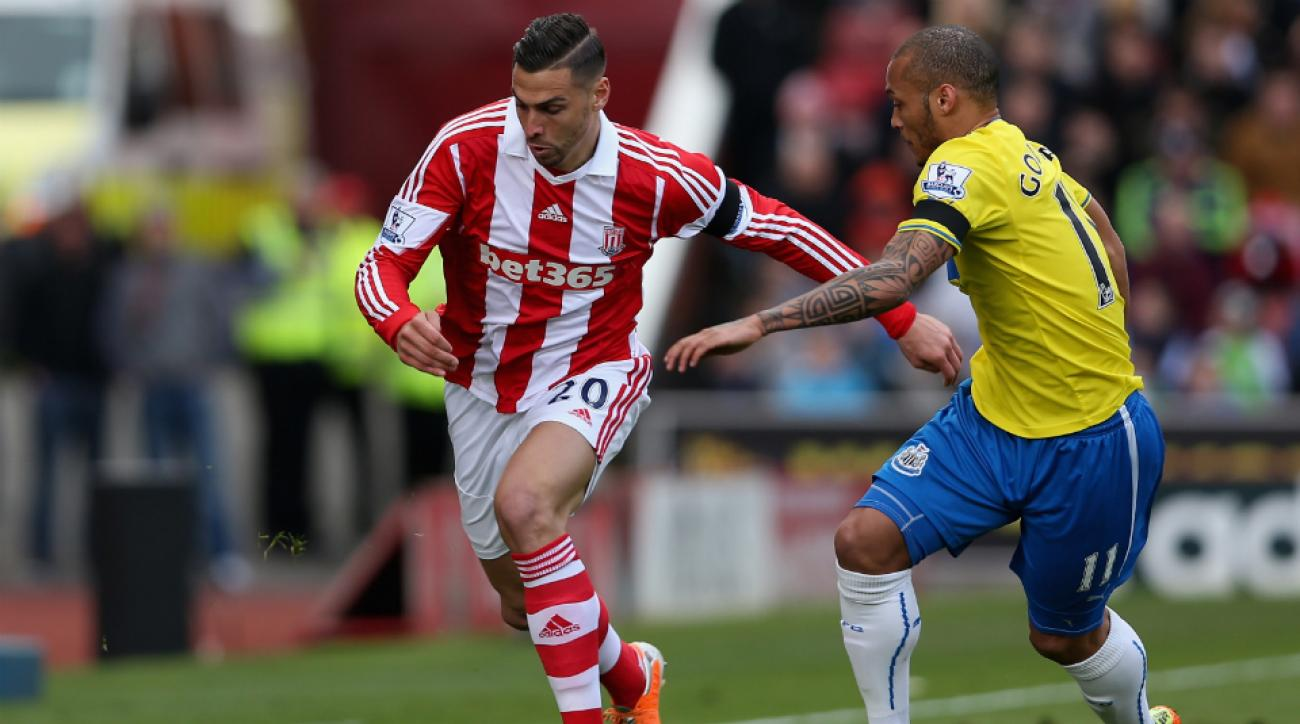 Geoff Cameron requests transfer from Stoke City