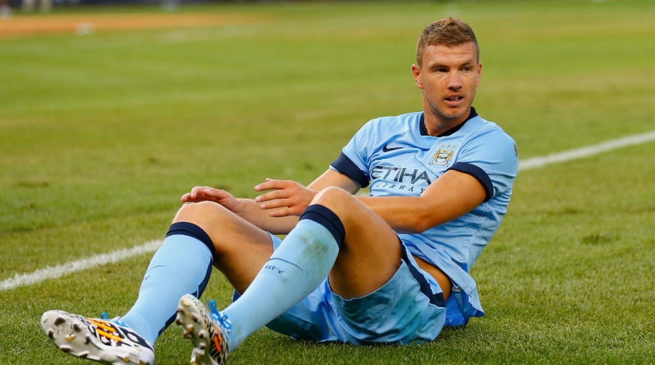 Edin Dzeko signs new deal with Manchester City