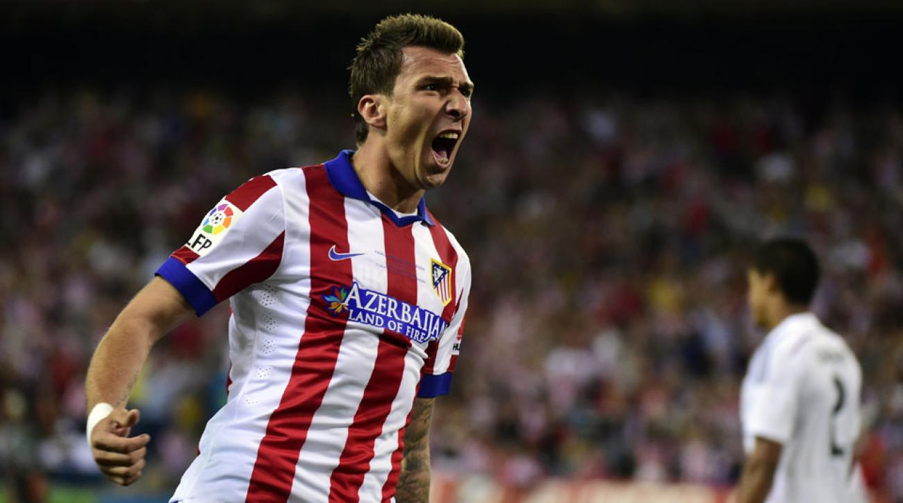 New Atlético Madrid signing Mario Manduzukic scored the only goal of the second leg, helping his new team capture the Spanish Super Cup over rivals Real Madrid.