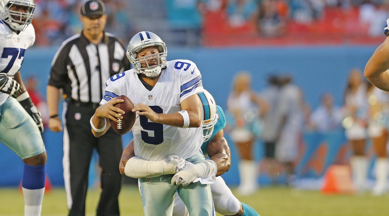 Jerry Jones Tony Romo back sacked Dallas Cowboys