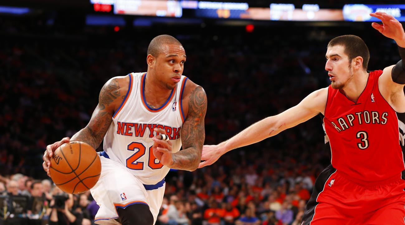 The Miami Heat signed free agent guard Shannon Brown.
