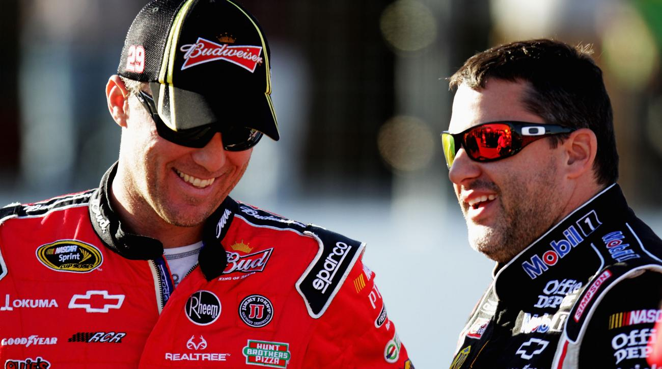 Tony Stewart Kevin Harvick race sprint cup series