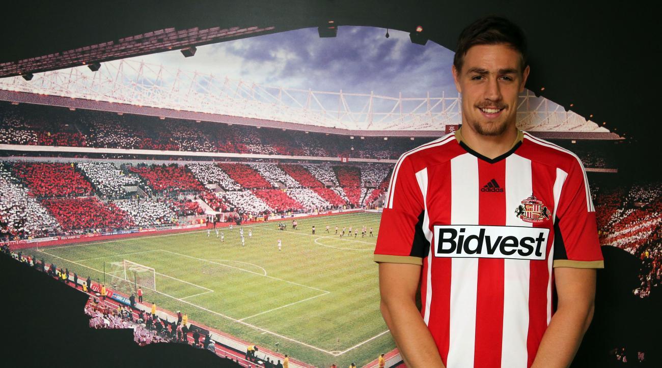 Sebastian Coates liverpool sunderland loan uruguay
