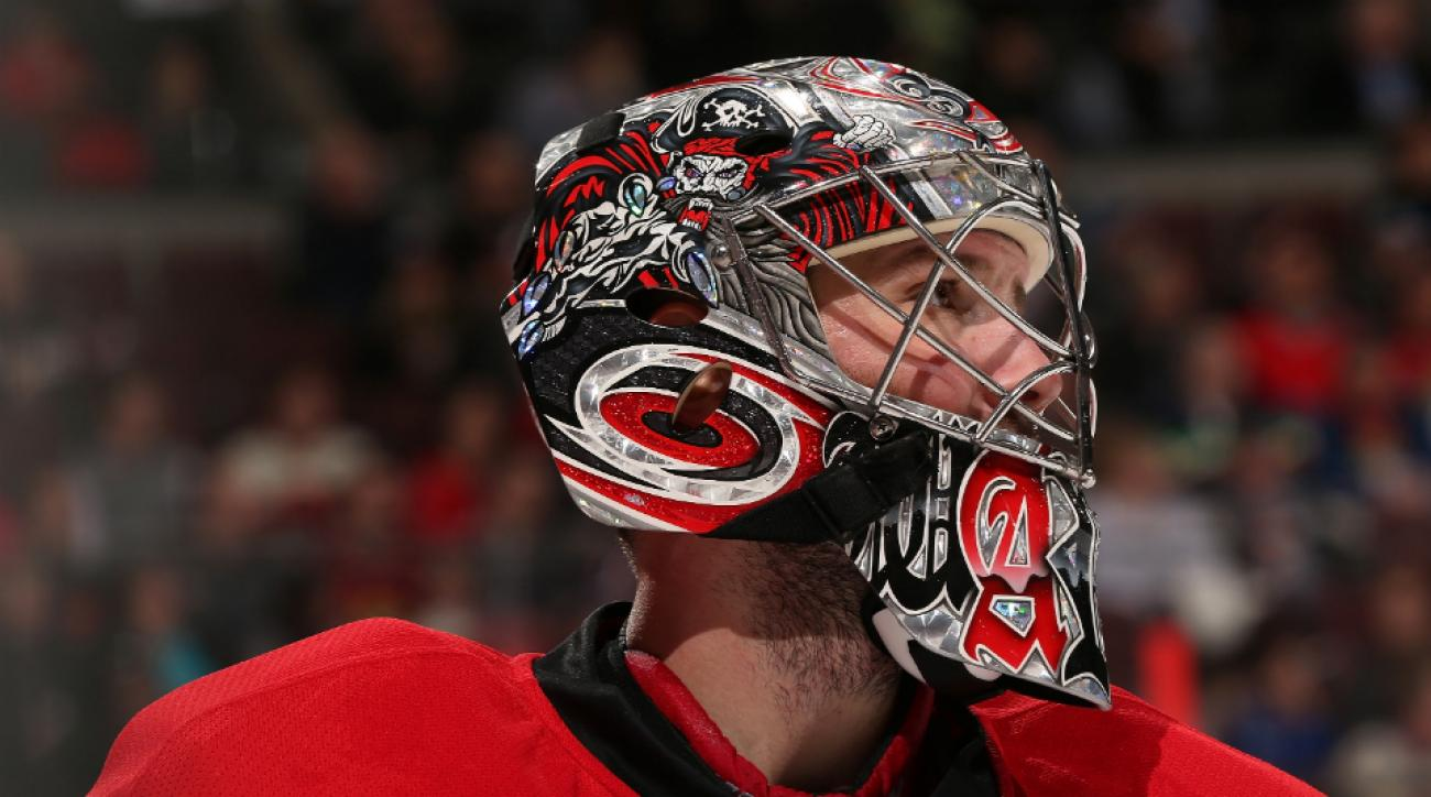 Carolina Hurricanes goalie Cam Ward struggles
