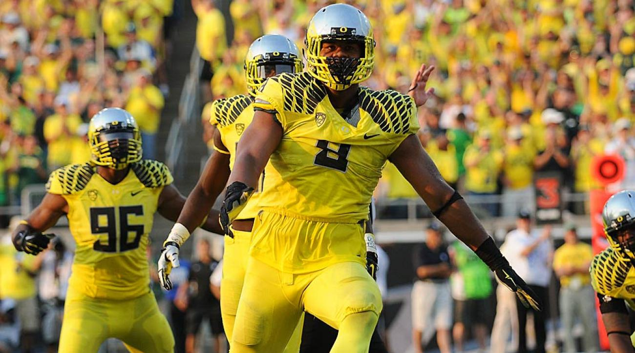 Oregon jumped Alabama for the No. 2 spot in this week's AP Poll, after putting a 46-27 victory over then-No. 7 Michigan State on Saturday.