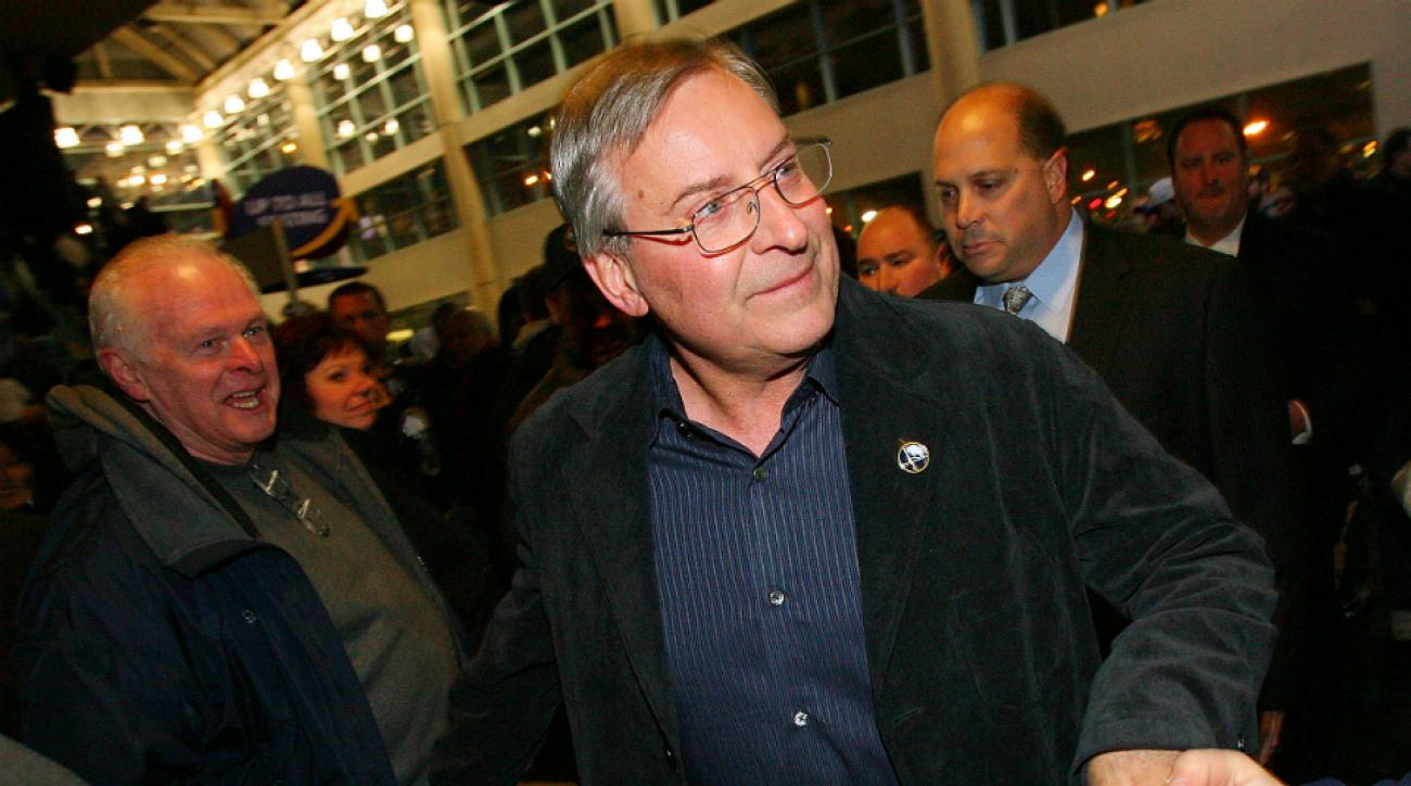 Buffalo Sabres owner Terry Pegula buys Bills