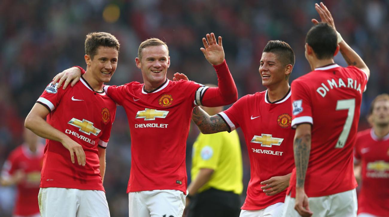 Manchester United got back to winning ways with a 4-0 rump over QPR at Old Trafford.