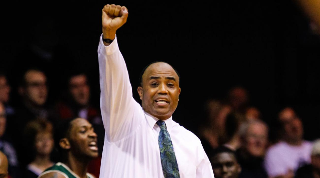 Charlotte basketball head coach Alan Major