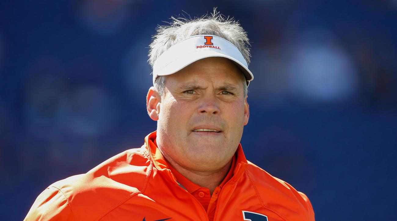 Head coach Tim Beckman of the Illinois Fighting Illini looks on prior to the game against the Washington Huskies on September 13, 2014 at Husky Stadium in Seattle, Washington.
