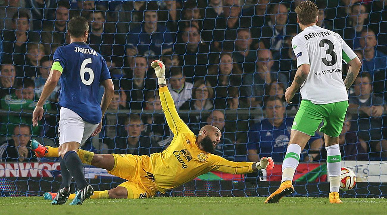 Tim Howard excelled for Everton in his first European match since the 2009-10 season.