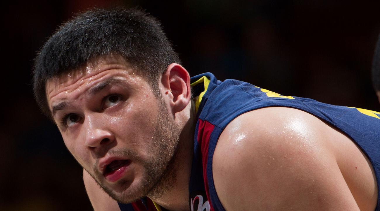 Rockets sign Kostas Papanikolaou