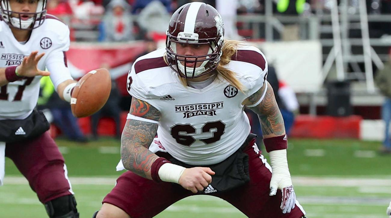 Mississippi State Dillon Day stomping