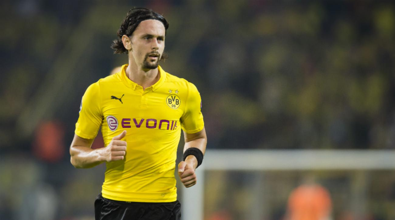 Serbia removes Neven Subotic from Euro 2016 qualifying