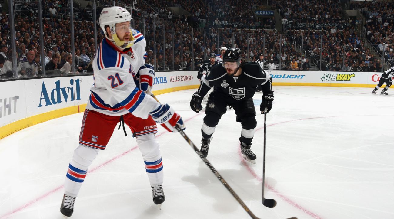 NHL, New York Rangers, Derek Stepan, injured reserve, fractured fibula