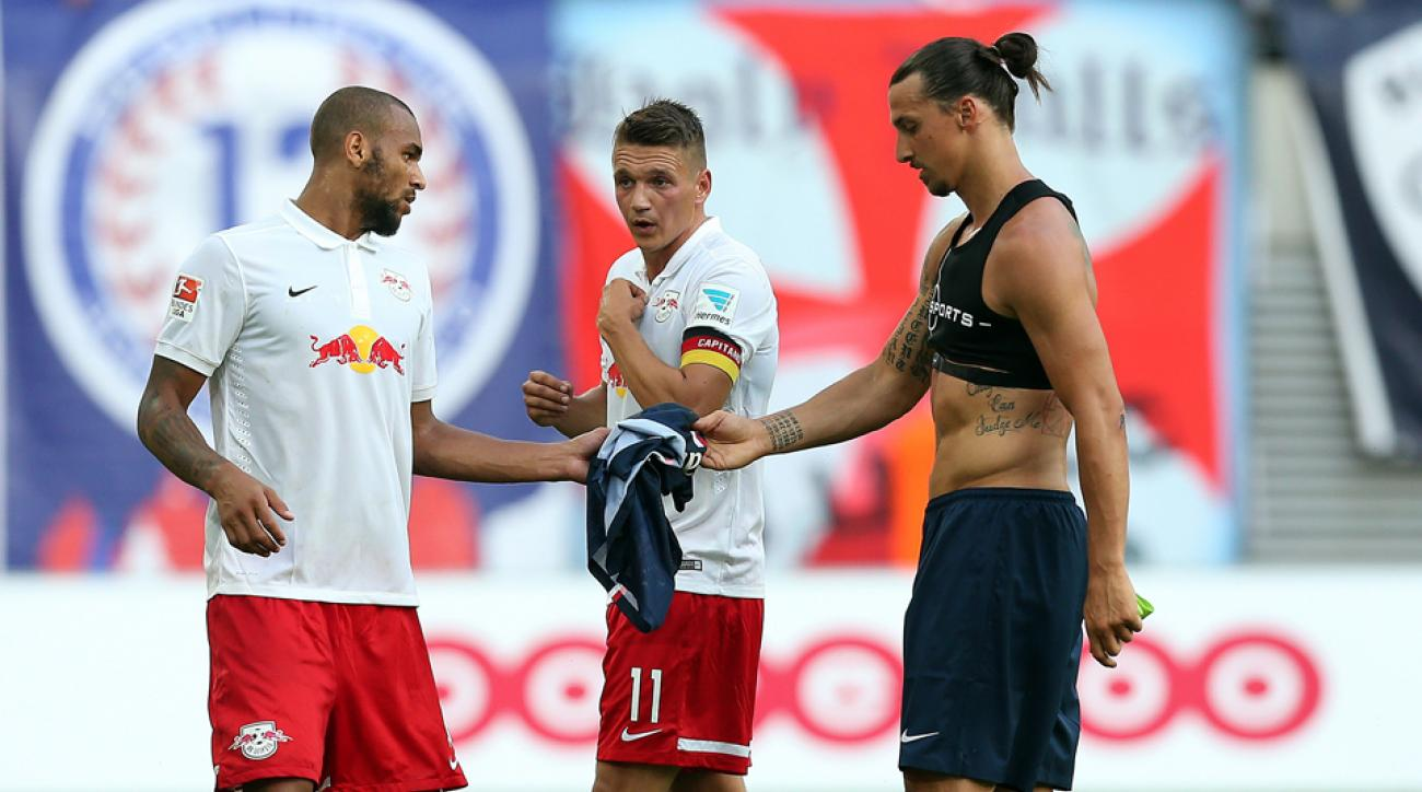 USA forward Terrence Boyd, left, gets Zlatan Ibrahimovic's jersey after a preseason friendly between Red Bull Leipzig and Paris St.-Germain.
