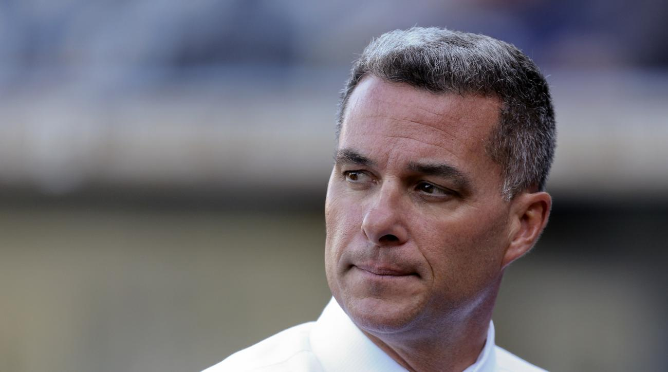 kansas city royals gm dayton moore staying