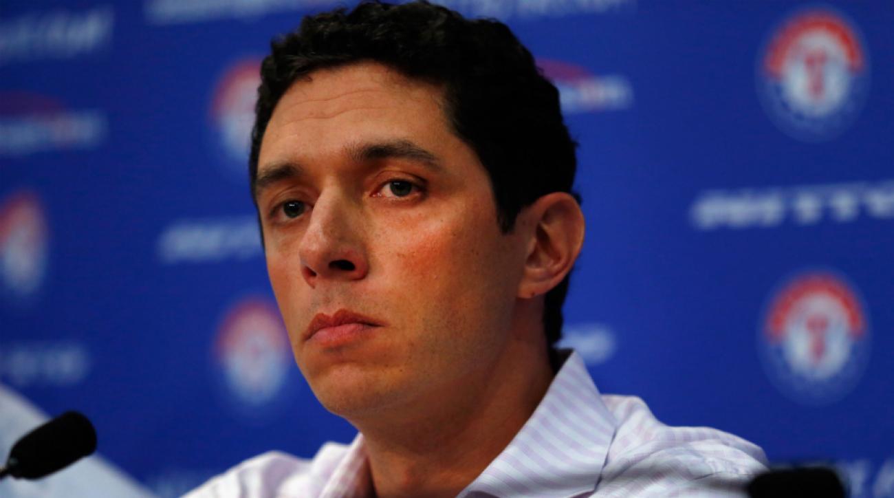 Rangers extend contract GM Jon Daniels