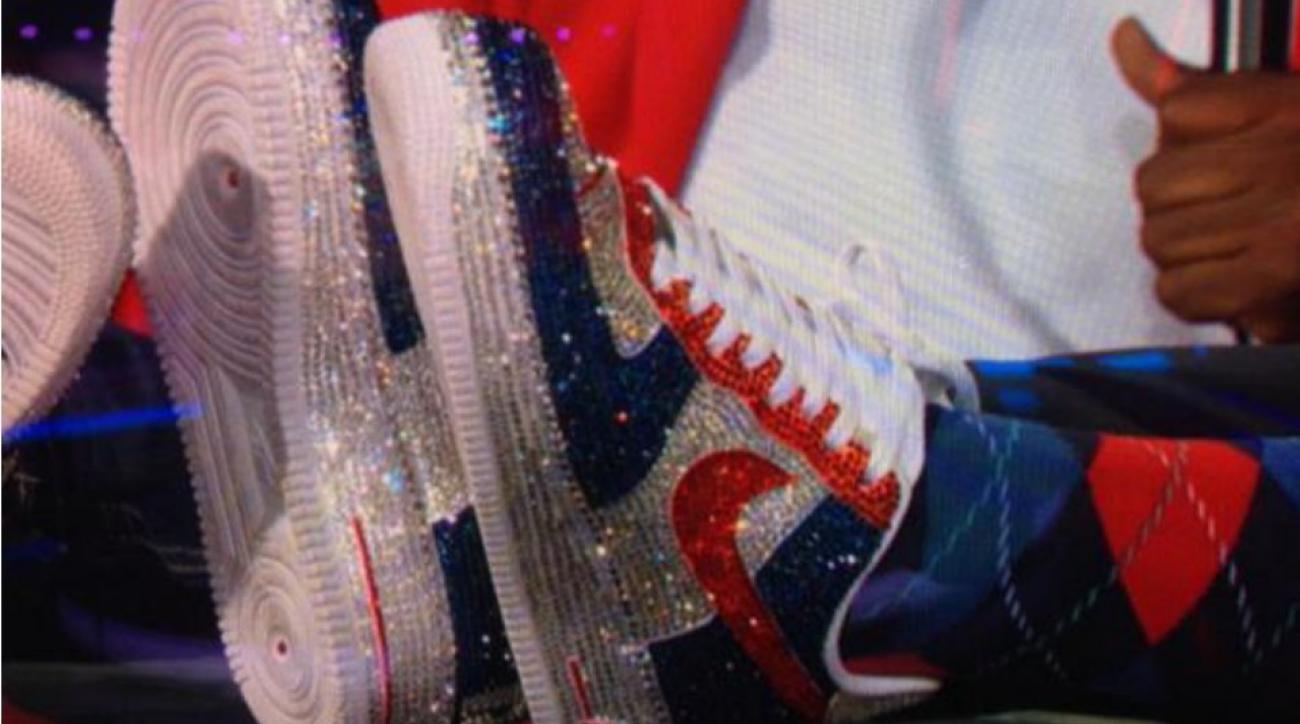 New England Patriots Owner Robert Kraft wears shiny custom Air Force Ones