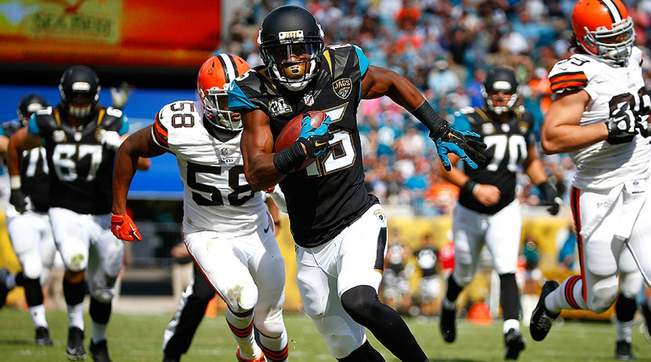 Allen Robinson caught four passes for 60 yards and a touchdown in the Jaguars' first win of the season over the Browns.