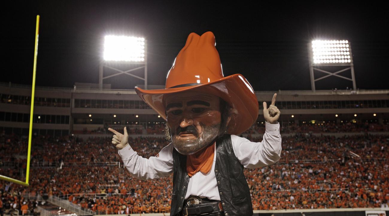 Oklahoma State sues New Mexico mascot