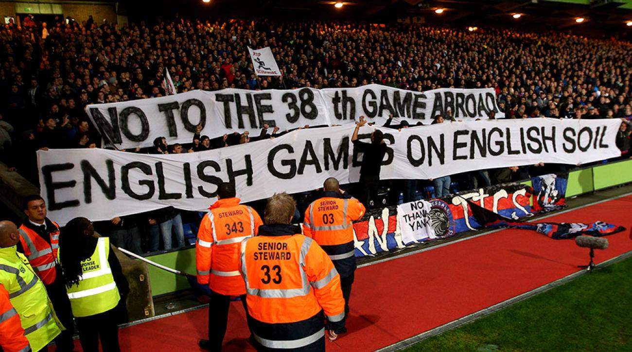 Crystal Palace fans protest